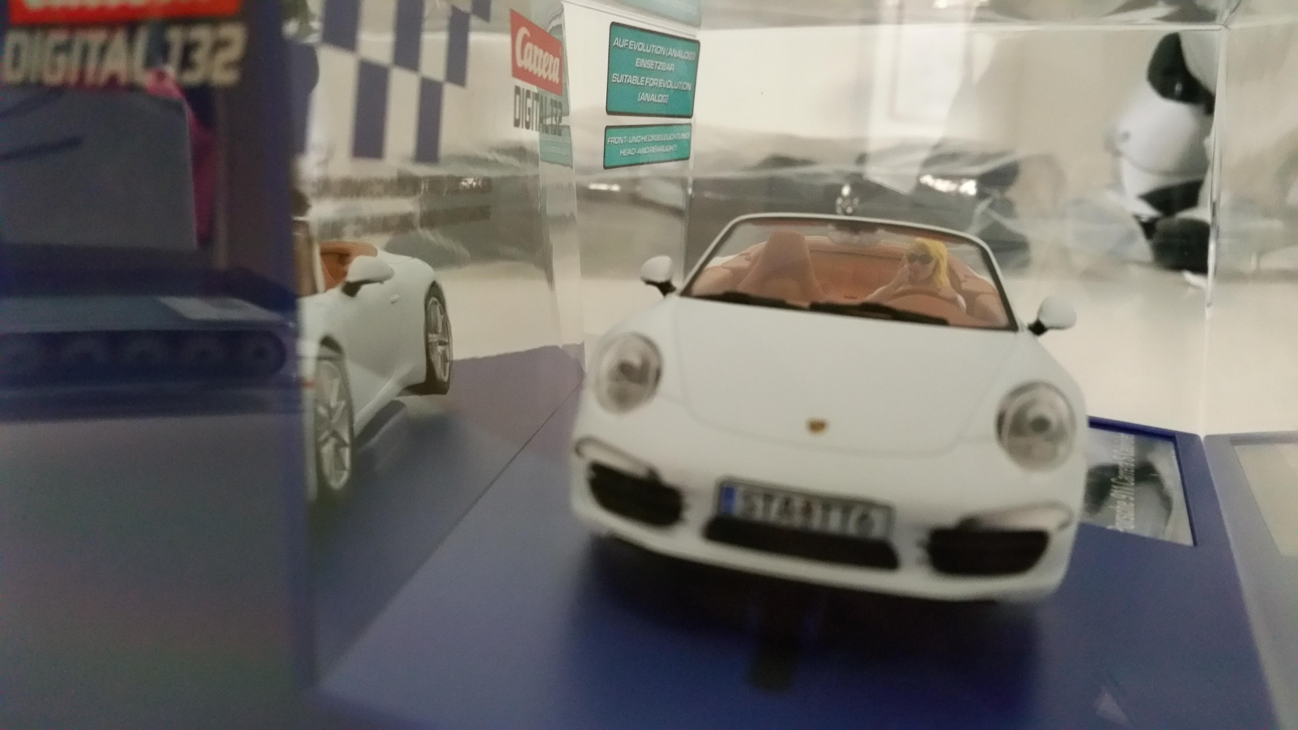 Carrera 30762 Exklusivmodell idee+spiel 2016 Porsche 911 Carrera S ...